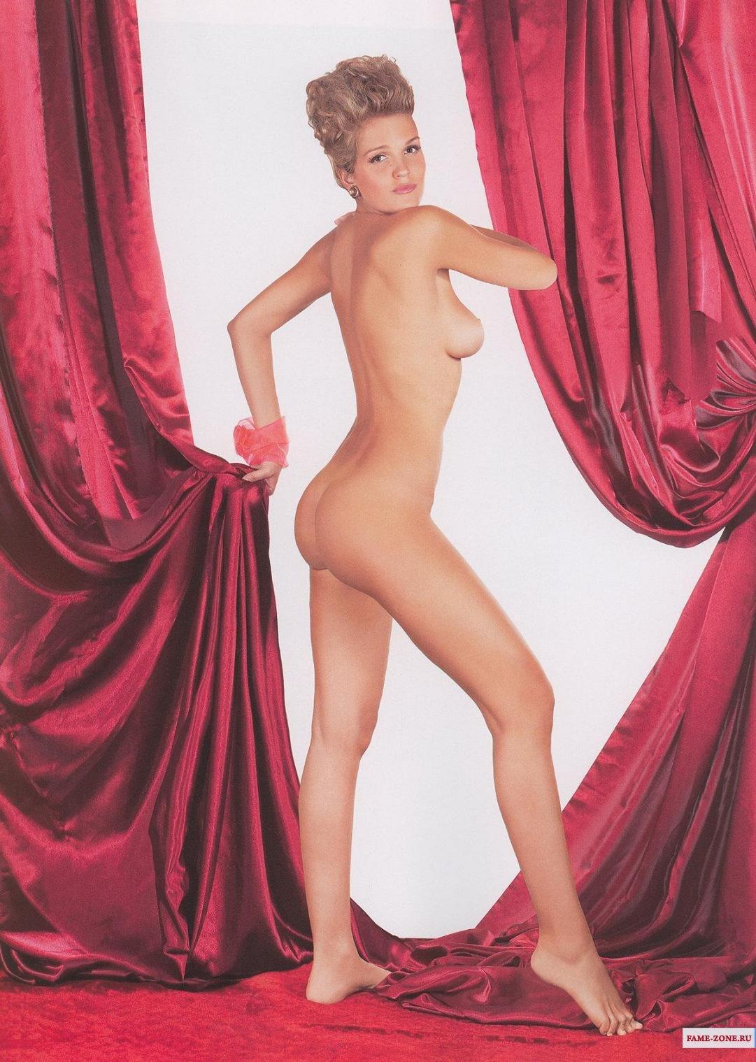 eroticheskie-fotografii-pevitsi-anastacia